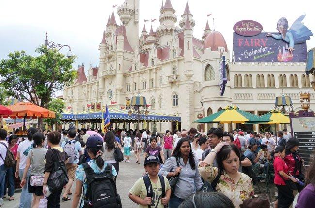 Lượng khách du lịch tại Singapore